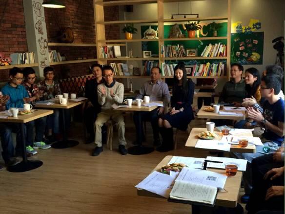 """熊志翔校长邀请学生喝""""下午茶"""",听取意见和建议"""