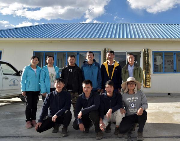 环境与化学工程学院师生到国内海拔最高的环境生态监测站参观学习