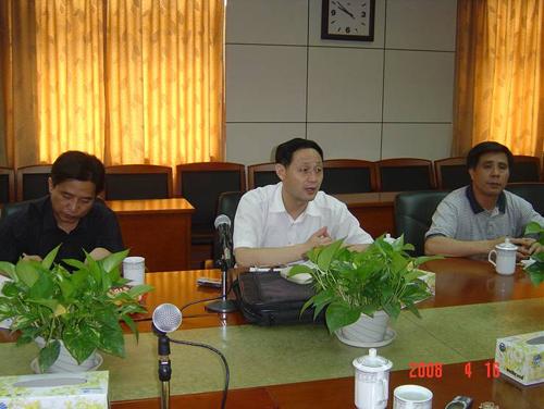 强国力副书记主持召开学校保卫工作形势分析会