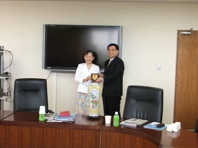 罗旗帜副校长率队访问日本筑波大学